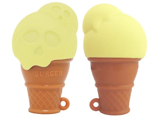 Skull Babe Ice Cream Cone Vibrator