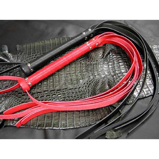 Tennosuke Six-Strand Leather Flogger